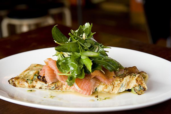 Omelette with Salmon and vegetables