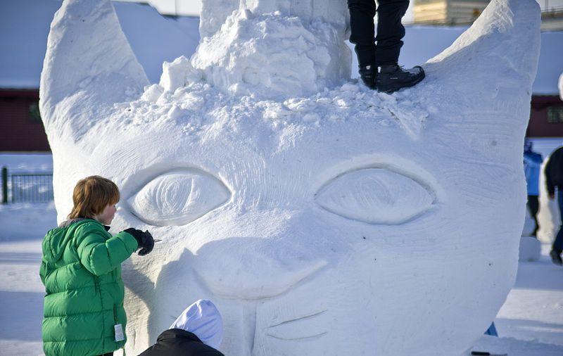 Fur Rondy Anchorage Snow sculpture