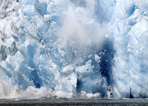 Glacier Calving in Tracy Arm