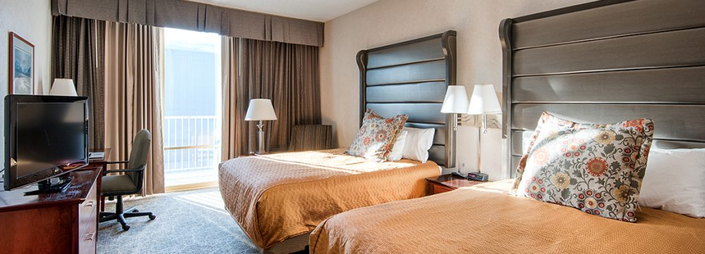 2 queen bed guest room