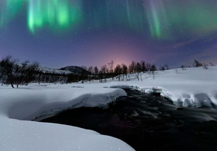 aurora-borealis-northern-lights
