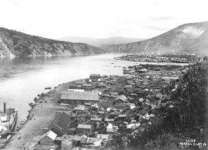 Prospectors trek over Chilkoot Pass Alaska 1898 Westmark Hotels Alaska & the Yukon
