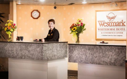 WMWHI - front desk